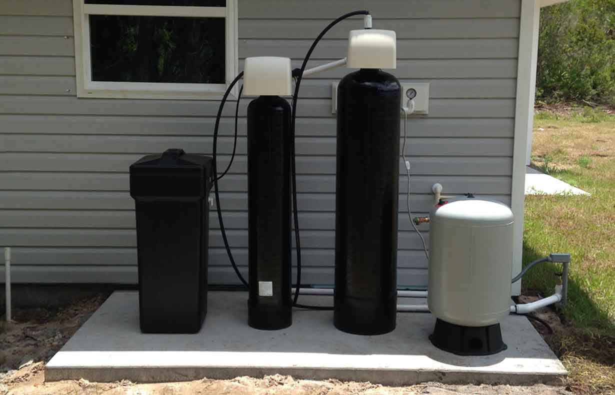 Florida residential well water treatment system from Custom Water Systems Naples, Florida   Custom Water Systems Collier County Well Water Treatment and Well Water Filtration Company Naples, Florida